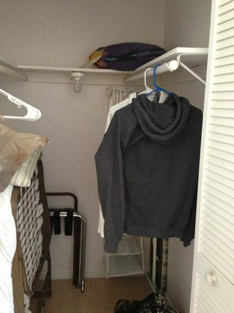 Hollywood Beach Coral House: Closet (Walk In)