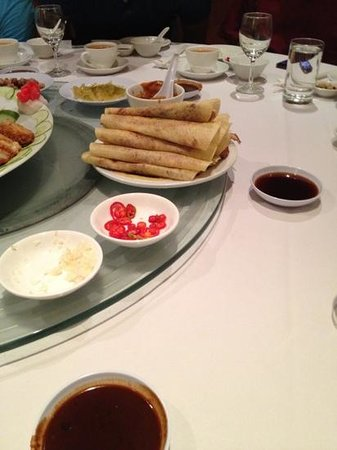 Dynasty Chinese Restaurant : Peking duck already rolled up and ready for eating