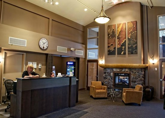 Northstar Mountain Village Resort: Front Desk Check in