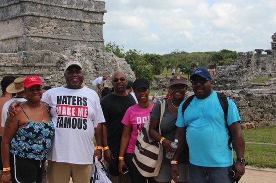 ruins of tulum our group valentin imperial maya excursions
