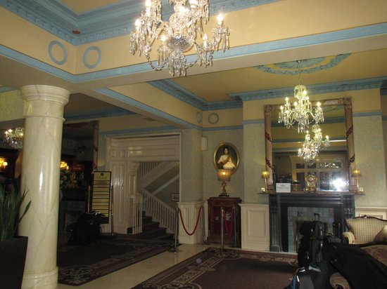 Buswells Hotel: Beautiful reception!