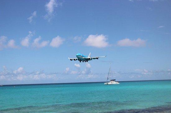 Royal Islander Club La Plage : Incoming!