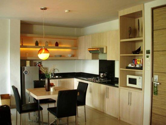 Kokonut Suites: Kitchen