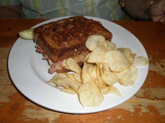 The Mason Jar Restaurant: Ruben Sandwich #2