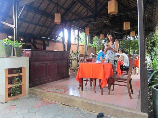 Golden Mango Inn: zona colazione