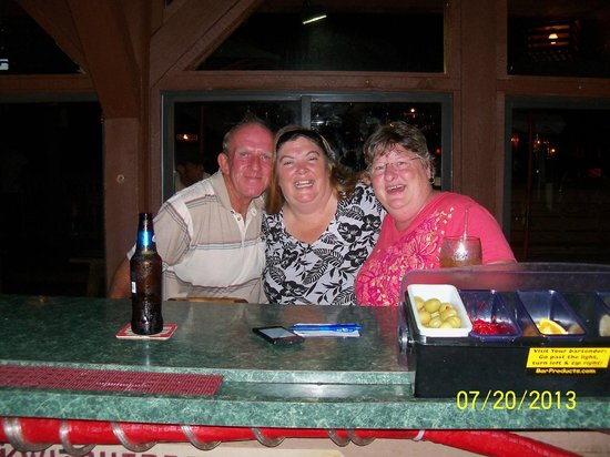 Seabreeze on the Dock : Seabreeze #1 hostess...Joannie with Jim & Anne