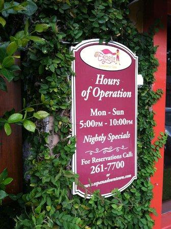 Espana Restaurant & Tapas: Sign out front.