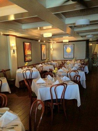Frank's Ristorante: inside dining room