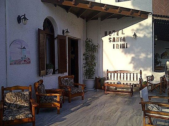 Santa Irini Hotel: main entrance