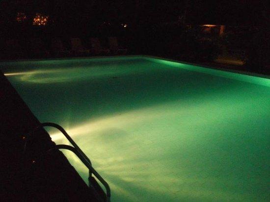 Parque Hotel Pereque: Piscina 2