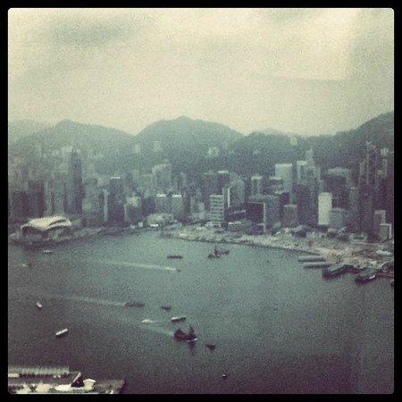 โรงแรมเดอะริทซ์คาร์ตัน ฮ่องกง: View from Room