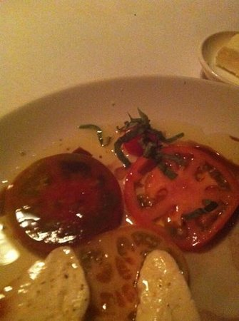 Bix : appetizer, tomatoes and mozzarella cheese.
