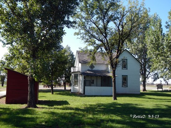 Big Horn County Historical Museum: The original farm house of the vegetable farm that was donated so the museum would have land.