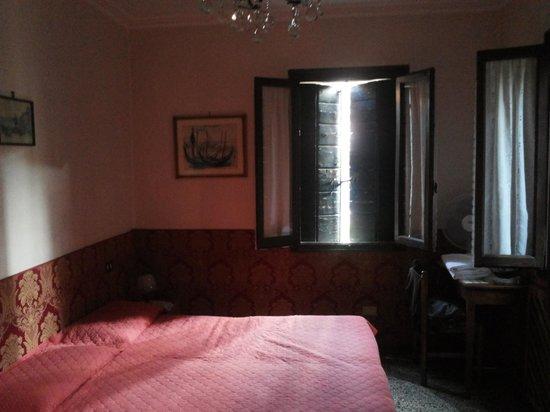 Locanda Ca' Foscari: Kamer 3