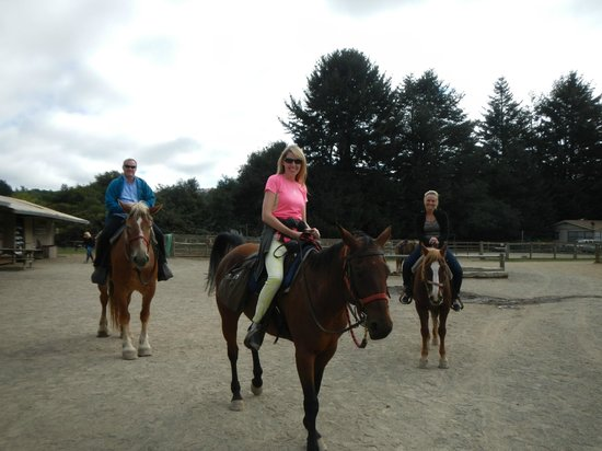 Five Brooks Stables : Just starting our ride