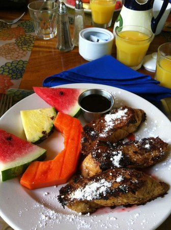 The Great Waltini's: the best french toast!!