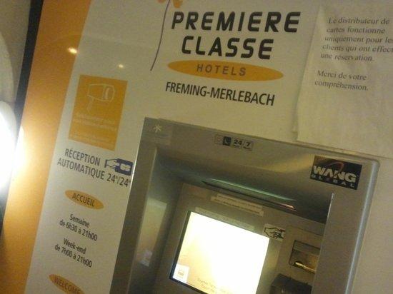 Premiere Classe Freyming Merlebach : Self Check-In Machine