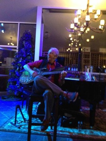 Wolf Creek Resort: Bill Baker Entertainer