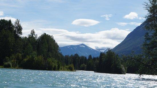 Alaska River Adventures - Day Tours: Beautiful scenery