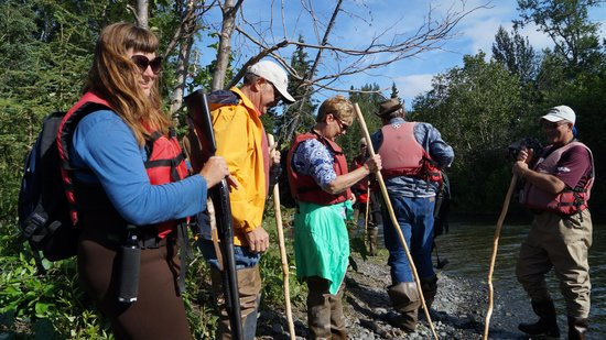 Alaska River Adventures - Day Tours: Dropping off a group of hikkers