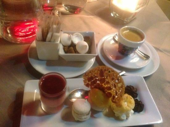 Cap Riviera : cafe gourmand - fantastique