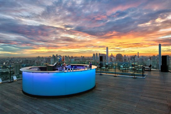 Octave Rooftop Lounge and Bar: The Rooftop Bar at 49th Floor