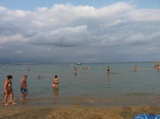 Playa de la Pineda: La Pineda Beach in the evening