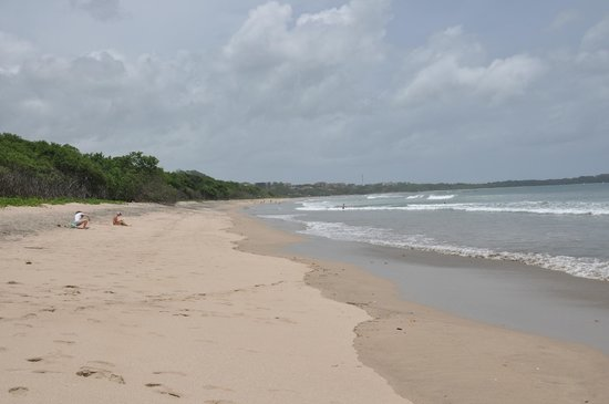 Hotel Bula Bula: view of Playa Grande looking south...we have it almost to ourselves!