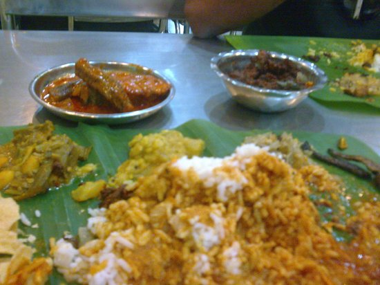 restoran saravanna: spicy hot curries!
