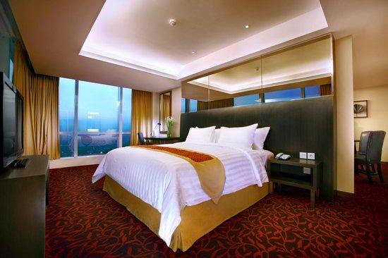 Suite Room Picture Of The Alana Surabaya Tripadvisor