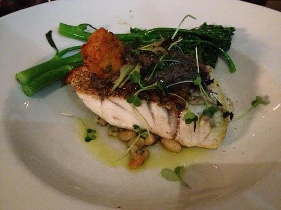 Esca Grill: Pan seared barramundi