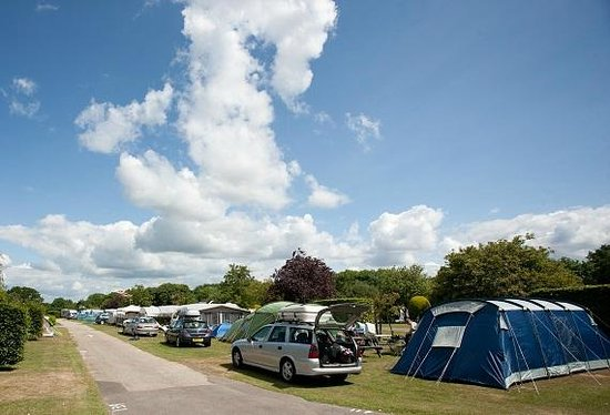 Merley Court Holiday Park: Touring and Camping at Merley Court
