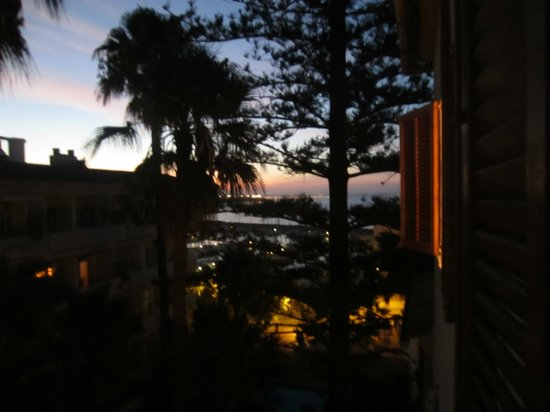 La Mimosa Guesthouse: Sea view 2