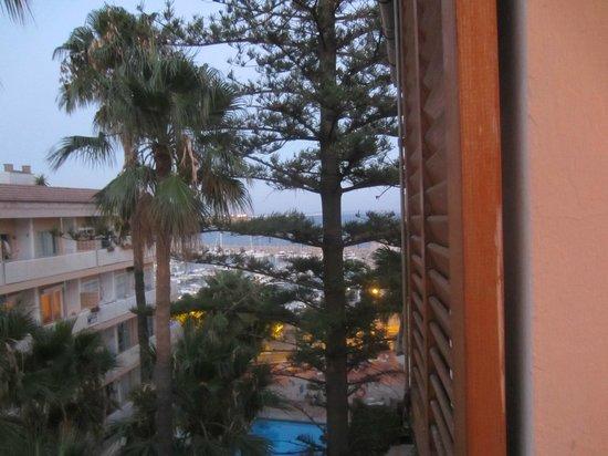 La Mimosa Guesthouse: Sea view