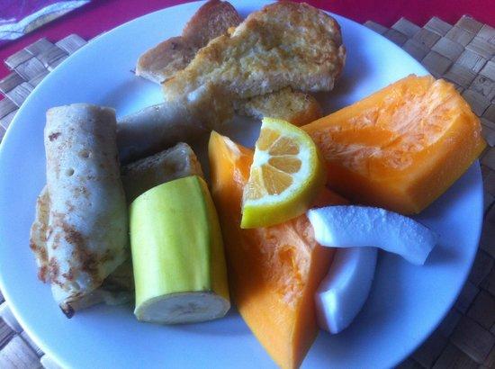 Va-i-Moana Seaside Lodge: breakfast