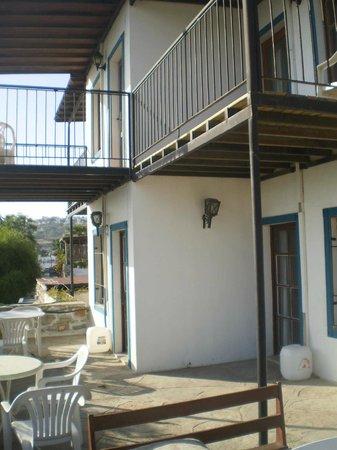 Sami Beach Hotel: Balcony outside Room