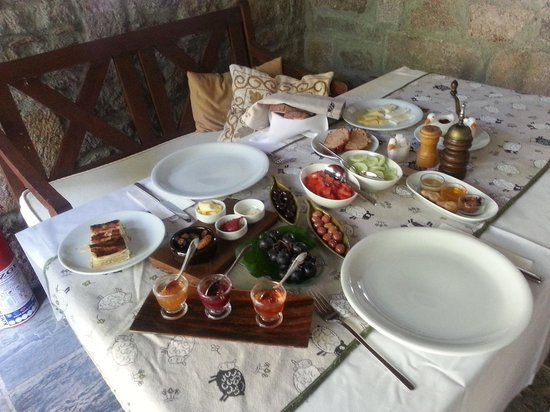 Assos Alarga, Bed and Breakfast: kahvaltimiz