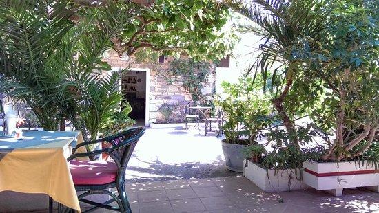 Paradisos Hotel : Dining area