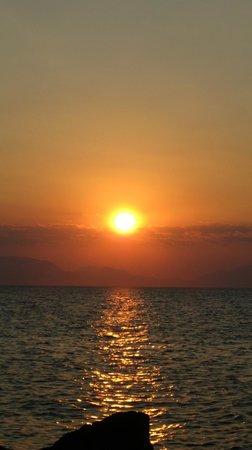 Sogno Greco: Il tramonto di Elafonissos agosto 2013