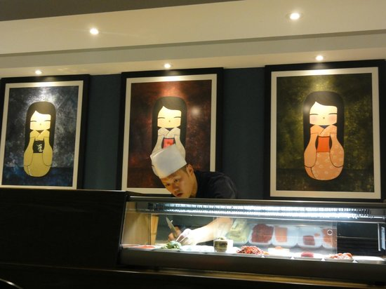 Club Sushi from Tokyo to Seoul: Maestro de Sushi.