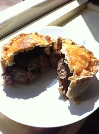 Tudors Cafe & Delicatessen: Steak Pie - takeaway from Tudors