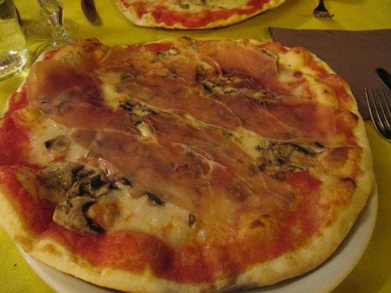 Tempio di Mecenate: Pizza Perfection