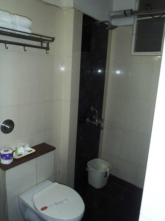 Hotel Pearl International: Bagno