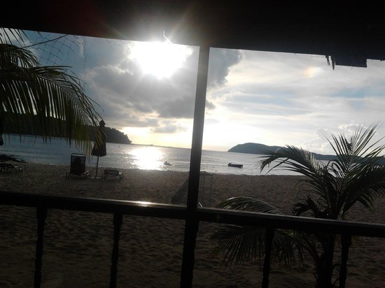 Lanai Hotel: sun set