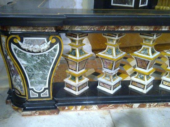 Cattedrale (Duomo) di Bergamo e Battistero: Particolare di un altare