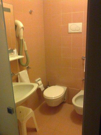 Hotel Abruzzi: Bagno