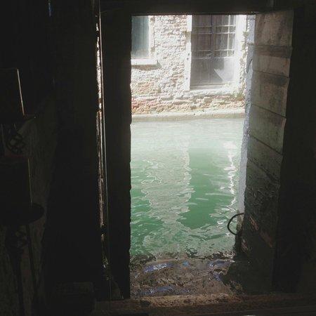 Locanda Antico Fiore: back door