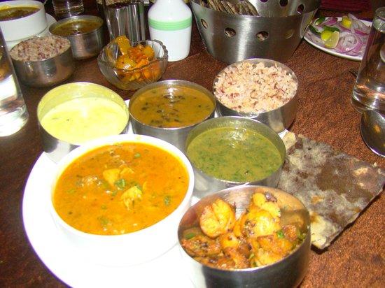 Club Mahindra Binsar Valley: Kumaoni thali