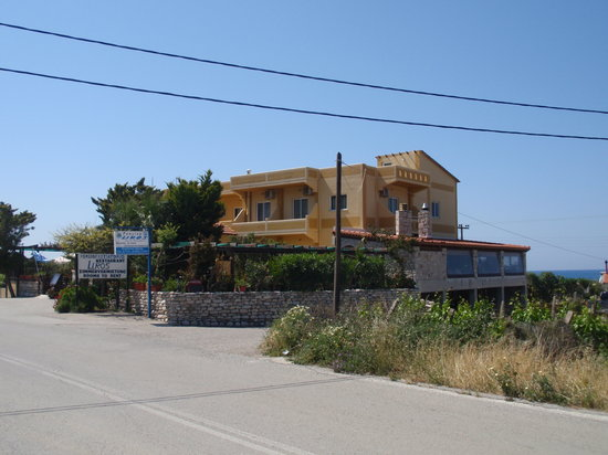 In Front Pension Liros