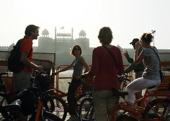 DelhiByCycle : View of Red fort (Old Delhi tour)